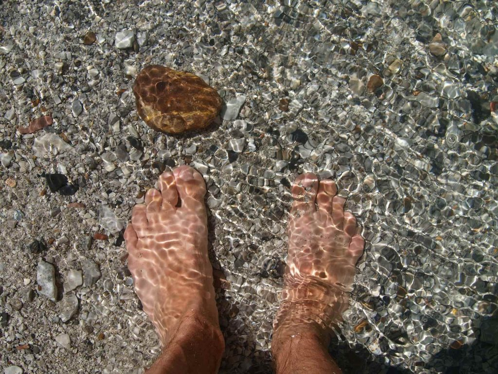 wet feet test for flat feet